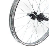 """Galinis ratas 18"""" sidabrinis viengubas ratlankis, užsukamam žvaigždžių blokui"""