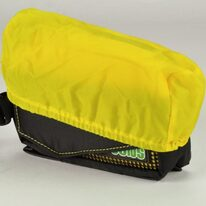 Krepšelis Ogns Target 0.84l PILKAS, priekyje ant rėmo, papildoma apsauga nuo lietaus
