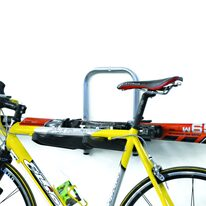 Dviračių laikiklis ant sienos Peruzzo Orione (maksimali apkrova 45kg / 3 dviračiai)